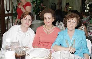 Naima de Murra, María Luisa de Papadópulos y Neda Giacomán.