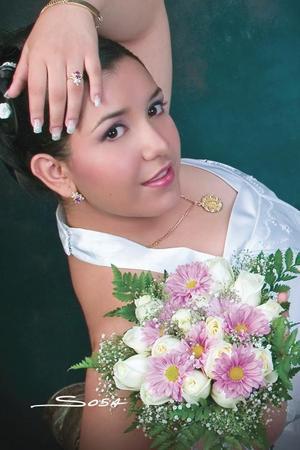 Srita. Lucía Fabiola Dovalina celebró sus quince años con una misa de acción de gracias en la catedral de la Virgen del Carmen