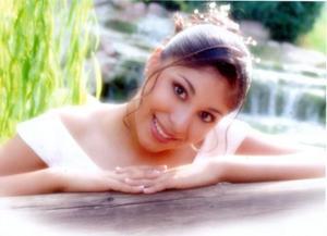Srita. Ana Lucía Salazar Castro celebró sus quince años de vida el pasado 14 de agosto.