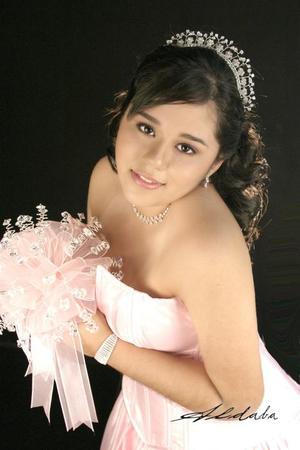 Srita. Diane Michelle Martínez Martínez celebró sus quince años de vida, con uma misa de acción de gracias el 29 de octubre de 2005 a las 1830 horas.