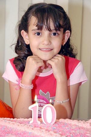 Claudia Melissa Plata Bravo cumplió diez años recientemente, y los celebró con una divertida reunión.