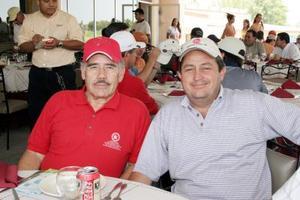 <b>01 de julio 2005</b><p>  Raúl Pérez Valdez y Benjamín Tumoine.