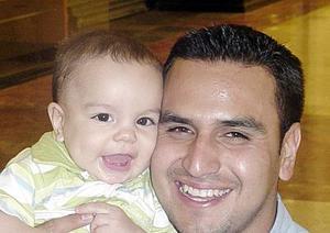 Jorge Mata con su hijo Diego Mata Acosta.