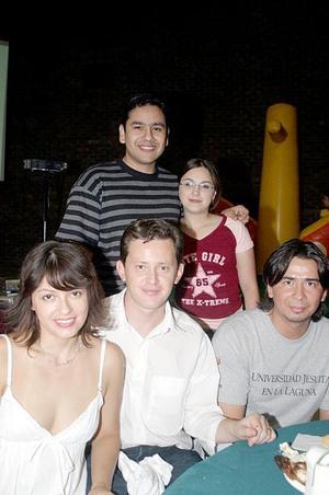 Karina Carrasco, César Atiyeh, Beto Rubio, Lucía Jaime Siller y Julio César Correa Cantú.