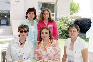 Martha Pérez, Laura Araujo, Carmen Müller, Griselda Quirarte y Alba Chiu.