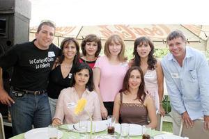 Paco Garza Tijerina, Ana Cristina García, Claudia Iga, Laura Arriaga, Cristy Izaguirre, Andrés Arriaga, Cristy Giacomán y Diana Murillo.