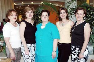 Samira de Zarzar celebró en días pasados su cumpleaños con una amena reunión, acompañada por sus amigas Graciela, Gloria, Sandra y Pilar.