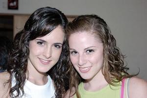 Lucía Sáenz y Estefy Leal.