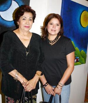 Cristina de Barranza y Martha de González.
