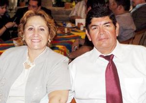Guadalupe de García y Juan García Chapa.
