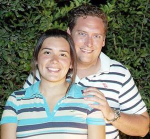Los novios María Angulo Miñarro y Jarrod Peterson.
