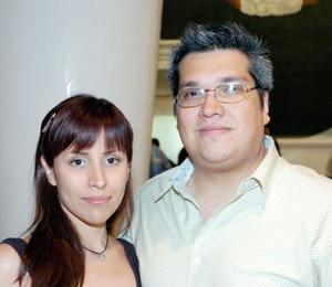 Nora Aguilera Urbina y Daniel Mijares Chiffer.