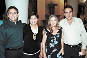 Ernesto Galán, Guiilermina de Galán, Ernesto Cuéllar y Ana Karla de Cuéllar.