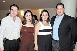 Gerardo Zarzar Bichara, Linda Fayad de Zarzar, Ricardo S÷ainz y Claudia Flores.