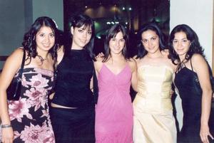 Ale Villegas, Rosy Cruz, Cristy Salcido, Tania Rodríguez y Cynthia Madinaveitia.