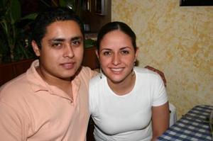 César Pérez y Brenda González.