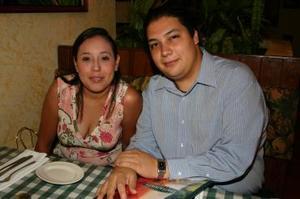 Karla Torres y Jonathan Rodríguez.