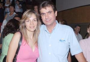 Martha de Pérez Gavilán y José Frncisco Pérez Gavilán Pérez.