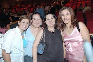 Martha de Chávez, Vanesa de García, Jazmín Castañon y Rebeca de Ramírez.