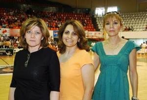 Paty de Ganem, Miriam de Chávez y Carmen de Ganem.