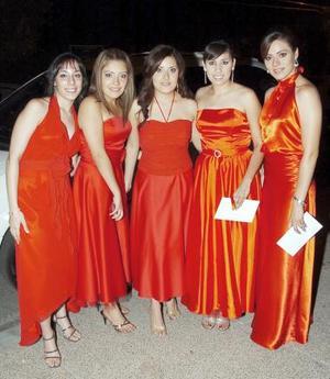 Cecilia García, Chris Mata, Silvia Mata, Diana Guarrola y Liliana de la Torre.