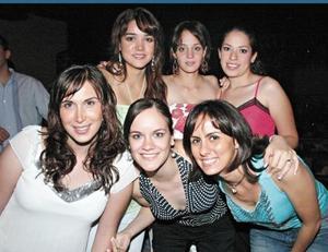 Lorena Salmón, Gaby Torres, Brenda Domínguez, Lucía Sada, Susy López-Barrio y Soraya Zreik