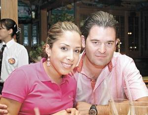 Alejandra Castañeda de Albéniz y Mauricio Albéniz