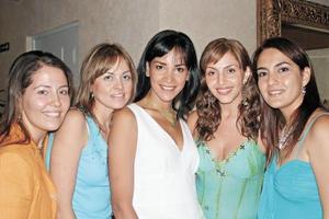 Bárbara Collier, Araceli Holguín, Ana de Torres, Scarlett Abularach y Anna Reed