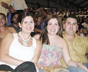 Monse Necochea de Garibaldi, Alejandra Sánchez de Necochea y Sergio Necochea