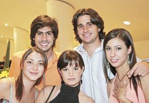 Paty Lugo, Jaime Murra, Mayte Núñez, Franco Barboglio y Claudia Peña