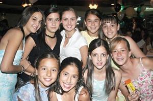 Martha Castrellón, Ana Isabel Pérez, María Cuellar, Candy Garrido, Luisa Villarreal, Areli Nahle, Daniela Díaz de León, Yolanda Murra y Paulina Teele