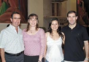 Fernando y Mariela Gil y Mayte y Agustín Gil