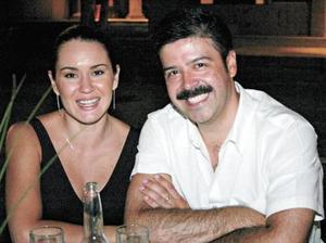 Claudia de Guevara y Marcelino Guevara