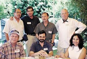 Rene Mata, Edgar Villarreal, German Vargas, Len Van Der Graf, Oscar Artigas, Antonio Méndez y Rocío Gorjón