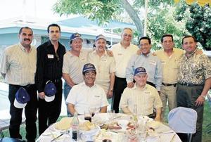 Luis Alberto Mendoza, Fernando Máynez, Alejandro Luna, Eduardo Valencia, Federico Obeso, Jorge Álvarez, Leopoldo Cervantes, Samuel Alatorre y Vicente González