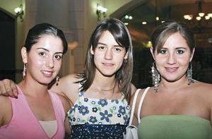 Paulina, Rosy y Priscilla