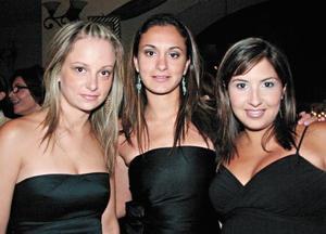 Alma Garza, Lorena y Mónica Garza