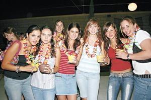 Gisela Muñoz, Cris Borbolla, Susy Murra, María Reneé, Anabel y Nataly