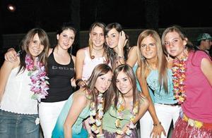 Ana, Abi, Arantza, Montse, Paola, Paulina, Luisa y Andrea