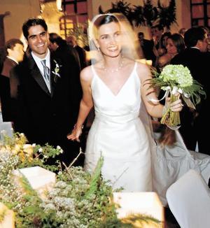 Los novios Alicia Estrada Murra y David Rangel Vallari