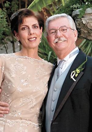 Padres de la novia Alicia Murra de Estrada y Francisco Estrada Attolini