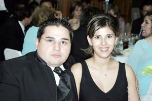 Jesús García y Karen Rivera de García.