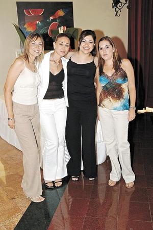 Claudia de la Fuente, Roxana de Chapa, Lorena de Villalpando y Brenda González.