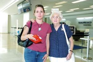 Ifigenia de Salazar e Irene Salazar viajaron a Yucatán.