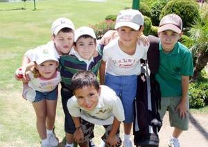 Sofía López, Gabriel López, Carlos  Miguel Sánchez, Salvador Lozoya, Luis Alberto López y Abby Espinoza.