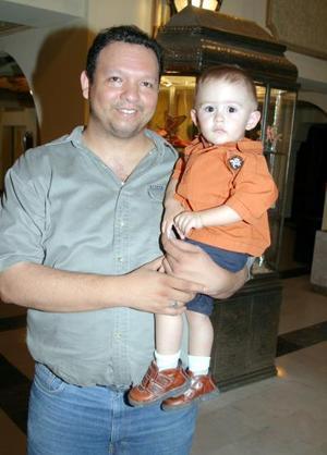 Jair y Emilio Urueta.