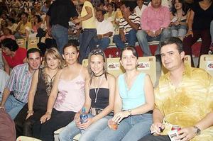 Alberto Nogueira, Pilar de Nogueira, Vicky de Valdez, Eloísa Valdez, Laura Cardona y Manuel Cardona.