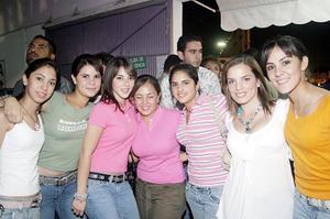 Nadia, Paty, Cecy, Xiomara, Ana, Sofía y Analy.
