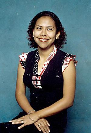 Edna Monserrat Gómez Pérez disfrutó de una despedida de soltera, con motivo de su cercana boda.