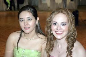 Miriam Paredes y Milagros García.